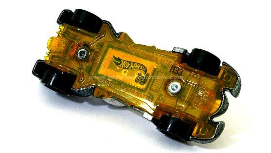 Hot-Wheels-id-Batmobile-Batman-Returns-004