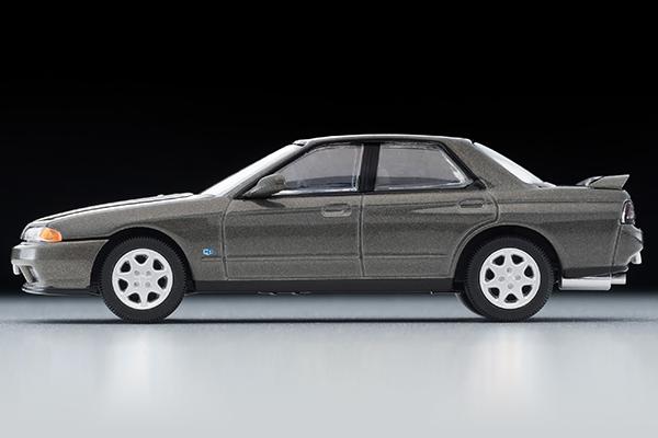 Tomica-Limited-Vintage-Neo-Nissan-Skyline-GTS25-TypeX-G-Grey-006