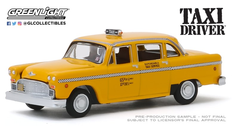 GreenLight-Collectibles-Hollywood-26-1975-Checker-Taxicab-Taxi-Driver
