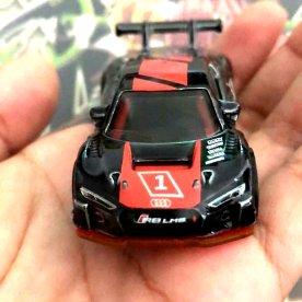 Hot-Wheels-id-Audi-R8-LMS-001