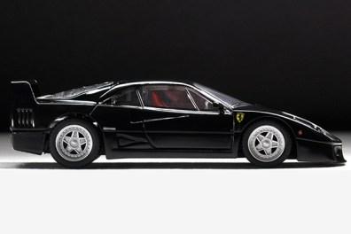 Tomica-Limited-Vintage-Ferrari-F40-black-004