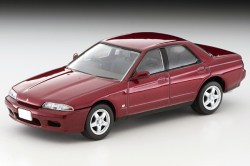 Tomica-Limited-Vintage-Nissan-Skyline-GTS-T-Type-M-rouge-001