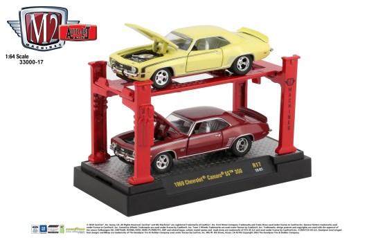 M2-Machines-Auto-Lift-1969-Chevrolet-Camaro-SS-350