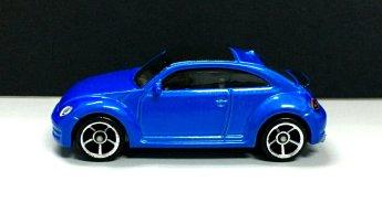 Hot-Wheels-2020-2012-Volkswagen-Beetle-001