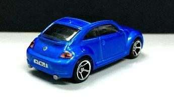 Hot-Wheels-2020-2012-Volkswagen-Beetle-002
