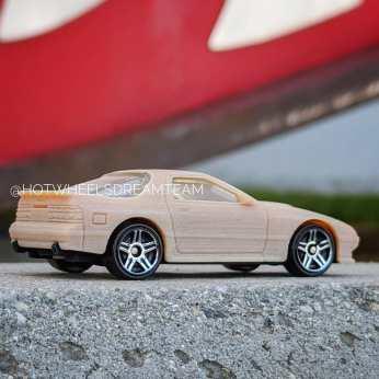 Hot-Wheels-2020-Mainline-Mazda-Savanna-RX-7-006