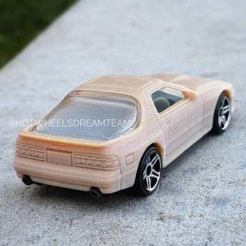 Hot-Wheels-2020-Mainline-Mazda-Savanna-RX-7-010