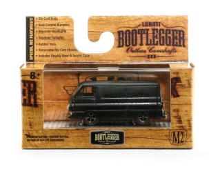 M2-Machines-Auto-Club-Box-5-Dodge-A100-Lunati-Bootlegger-002
