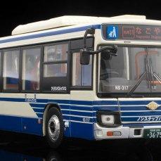 Tomica-Limited-Vintage-Isuzu-Elga-Nagoya-transports-000
