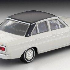 Tomica-Limited-Vintage-Nissan-Cedric-Blanc-Noir-002
