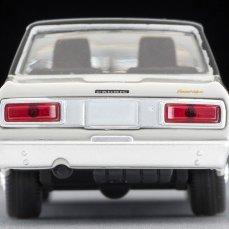 Tomica-Limited-Vintage-Nissan-Cedric-Blanc-Noir-005