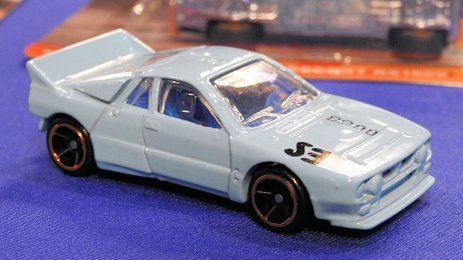 Hot-Wheels-2020-Lancia-037-Rally-001