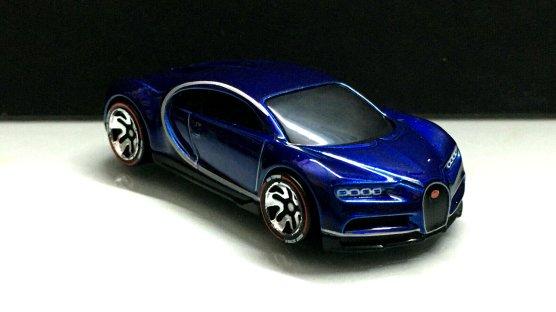 Hot-Wheels-ID-2020-16-Bugatti-Chiron-002