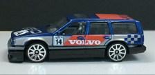 Hot-Wheels-2020-Mainline-Volvo-850-Estate-004