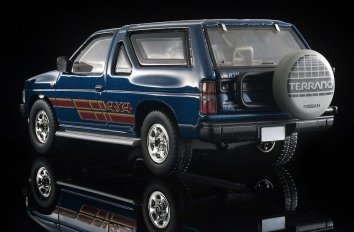 Tomica-Limited-Vintage-Neo-Nissan-Terrano-R3M-Navy-009
