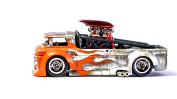 Hot-Wheels-Custom-64-Chevy-Syabil-Desthathin-Jr-005