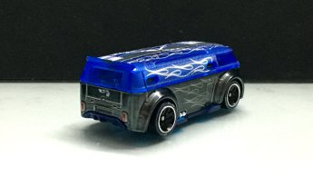 Hot-Wheels-id-2020-Volkswagen-T1-GTR-002