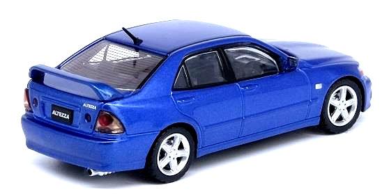 Inno64-Toyota-Altezza-RS200-Z-Edition-002