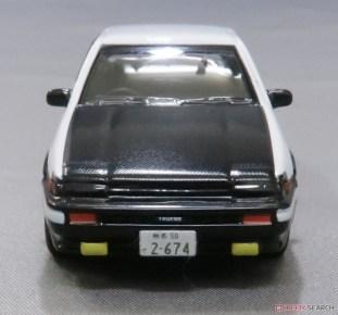 Kyosho-Initial-D-Toyota-Sprinter-Trueno-AE86-004