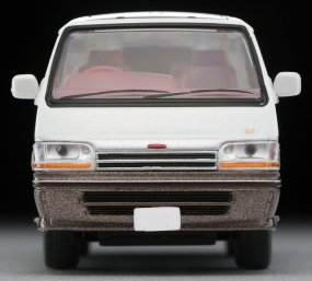 Tomica-Limited-Vintage-Neo-Toyota-Hiace-Super-Custom-Limited-blanc-marron-006