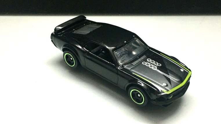 Hot-Wheels-Mainline-69-Ford-Mustang-Boss-302-RTR-007