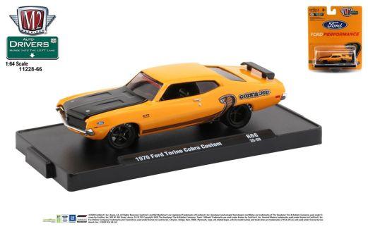 M2-Machine-Drivers-Release-66-1970-Ford-Torino-Cobra-Custom
