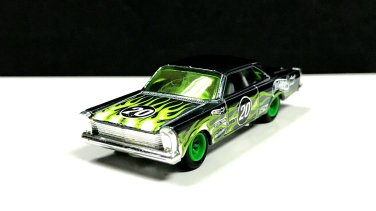 Hot-Wheels-2020-Super-Treasure-Hunt-65-Ford-Galaxie-003