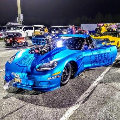 Hot-Wheels-Premium-Alex-Laughlin-Corvette-RVW-003