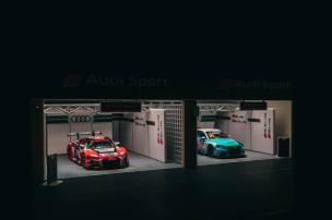 Tarmac-Works-Audi-Sports-Racing-Pit-Garage-004