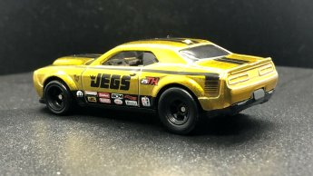 Hot-Wheels-2020-Super-Treasure-Hunt-Dodge-Demon-003
