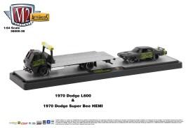 M2-Machines-Auto-Haulers-release-38-1979-Dodge-L660-1970-Dodge-Super-Bee-HEMI-426-Mopar