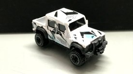 Hot-Wheels-Forza-Motorsport-2020-15-Land-Rover-Defender-Double-Cab-003