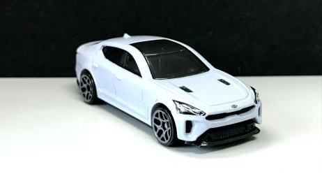 Hot-Wheels-Mainline-2020-KIA-Stinger-GT-003