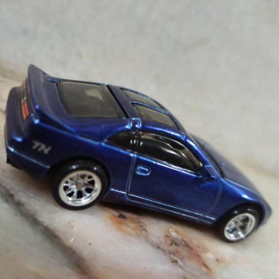 Hot-Wheels-Mainline-2021-Nissan-300ZX-Super-Treasure-Hunt-005