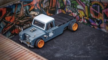 Land-Rover-III-series-custom-by-RoyaleSyndicate-003