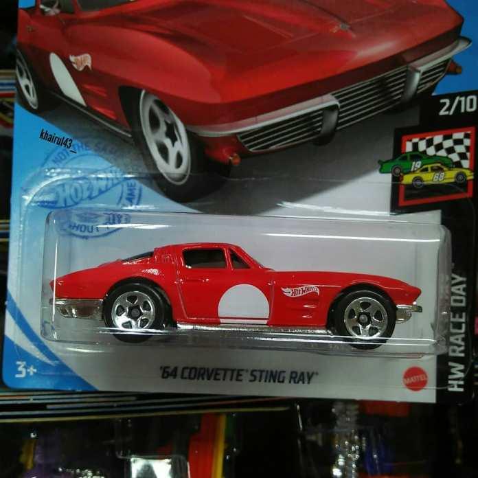 Hot-Wheels-Mainline-2020-64-Corvette-Sting-Ray-002