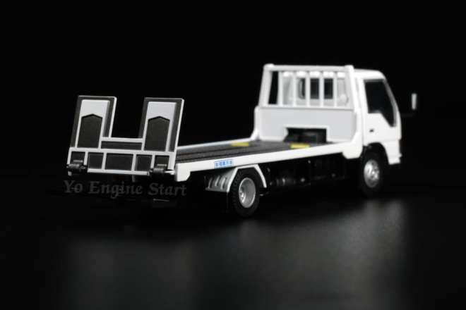Peako64-Isuzu-ELF-flatbed-tow-truck-003