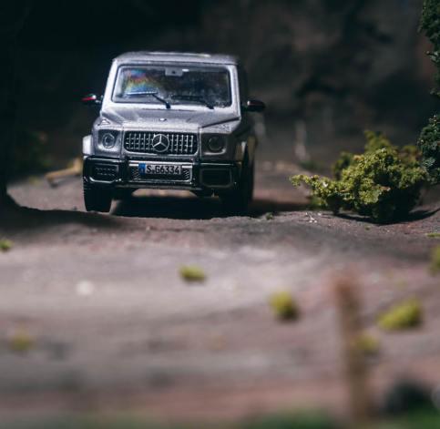 Tarmac-Works-Mercedes-Benz-G63-AMG-003