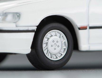 Tomica-Limited-Vintage-Neo-Subaru-Legacy-Touring-Wagon-Ti-type-S-Blanc-008