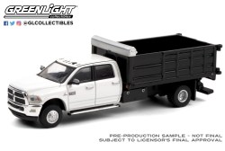 GreenLight-Collectibles-Dually-Drivers-6-2018-Ram-3500-Dually-Landscaper-Dump-Truck