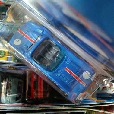 Hot-Wheels-Mainline-2021-Corvette-Grand-Sport-Roadster-003