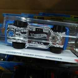 Hot-Wheels-Mainline-2021-Corvette-Grand-Sport-Roadster-006