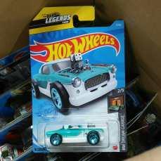Hot-Wheels-Mainline-2021-The-Nash-001