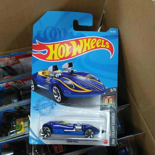 Hot-Wheels-Mainline-2021-Twin-Mill
