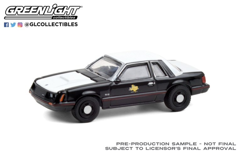 GreenLight-Collectibles-Hot-Pursuit-36-1982-Ford-Mustang-SSP-Texas-Department-of-Public-Safety