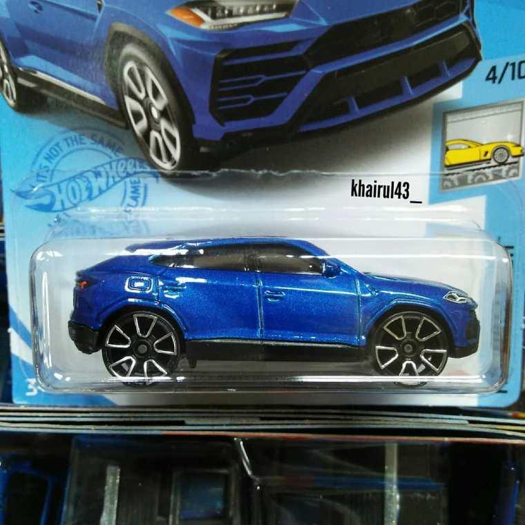 Hot-Wheels-Mainline-2021-17-Lamborghini-Urus-002