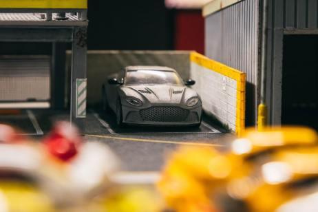 Tarmac-Works-Aston-Martin-DBS- Superleggera-003