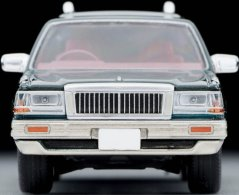 Tomica-Limited-Vintage-Neo-Nissan-Cedric-Y30-Wagon-SGL-Limited-006