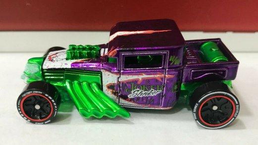 Hot-Wheels-ID-Joker-Bone-Shaker-002