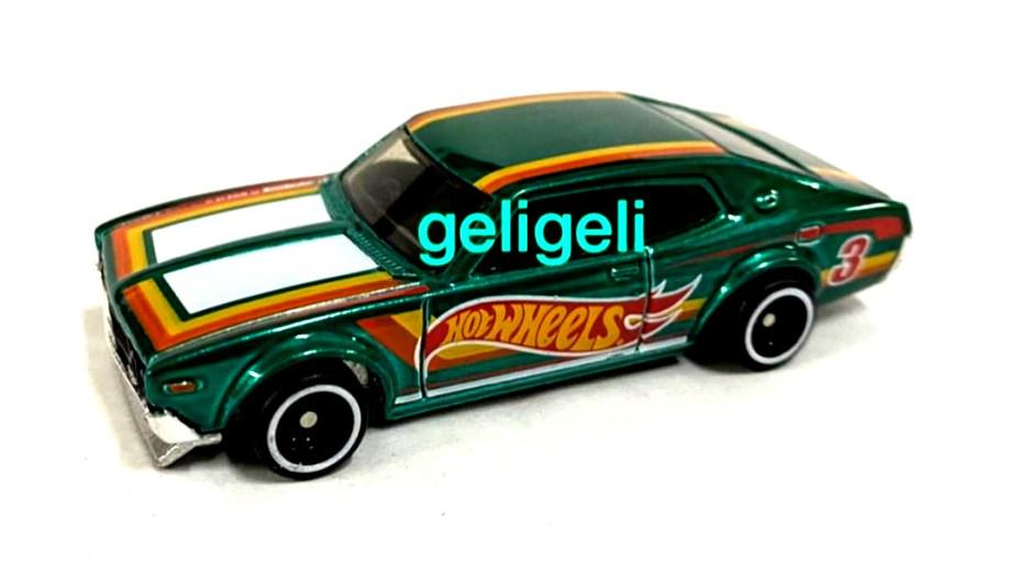 Hot-Wheels-Mail-In-2021-Nissan-Laurel-2000-SGX